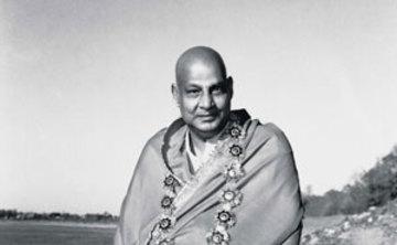 Mahasamadhi du Maitre Swami Sivananda / Master Sivananda Mahasamadhi
