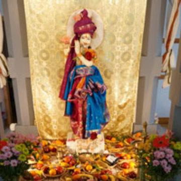 Anniversaire du Temple Krishna / Krishna Temple Anniversary