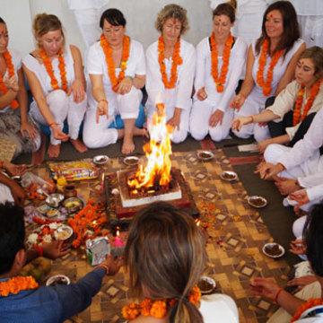200 Hour Yoga Teacher Teacher Training in Rishikesh, India
