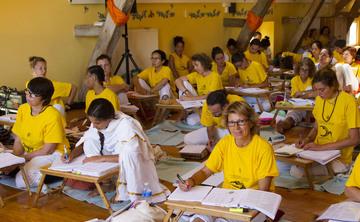[en:]Teachers' Training Course – January[fr:]Formation de Professeurs de yoga – janvier [:]
