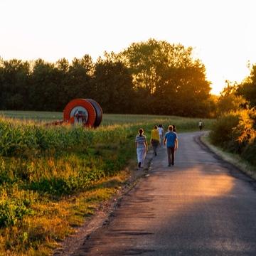 [en:]Yoga and Nature Walks[fr:]Yoga et promenades dans la nature[:]