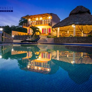 El Salvador Unlimited Surf & Yoga Retreat