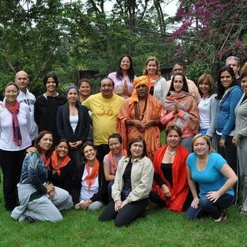 Institute of Holistic Yoga - Satyananda Ashram